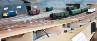 pdmrs-exhibition-2016-poole-club-layout-under-construction